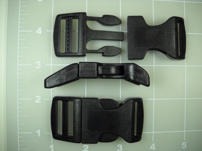 Pet collar side release buckle