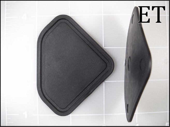 black elastomer seam tab end tab plastic
