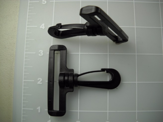 plastic snap hook 2""