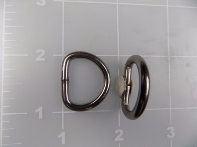 "5/8"" Welded Stainless Steel Dee Ring"